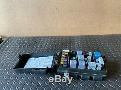 Cadillac Xlr 2004-2005 Oem Relay Fuse Box Body Control Module Computer