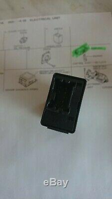 Nissan Micra K11, keyless entry control unit, new in box, genuine part